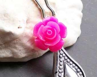 Hot Pink Rose and Teardrop Zipper Pull