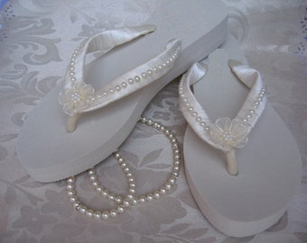 SALE - Ivory Flip Flops Bridal Flip Flops or White Flip Flops Sandals with Pearls and Flowers