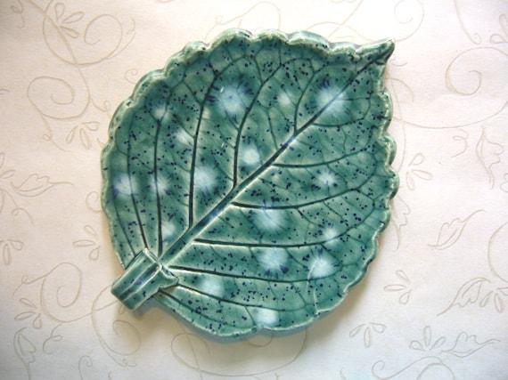 Blooming Green Ceramic Leaf Spoon Rest