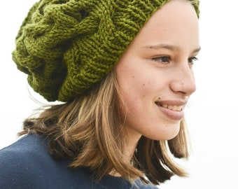 Very Cute Green Cable Knit Slouch Hat