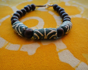 Forest Green Pattern African Glass Prayer Bead Bracelet Krobo Trade Recycled Ghana