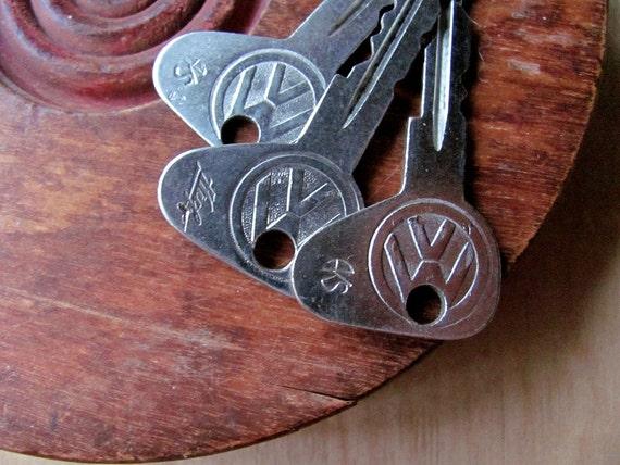 3 Volkswagen Keys VW Bug Beetle Old Car Key Tag Charm All One