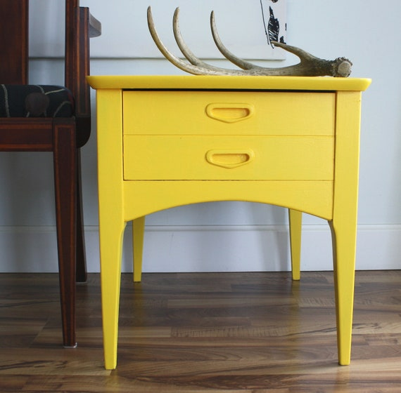 Mid Century Modern Yellow Side / Accent Table with Drawer