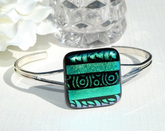 Going Green -- Dichroic Fused Glass Bangle Bracelet, Fused Glass Jewelry (Item 20034-B)