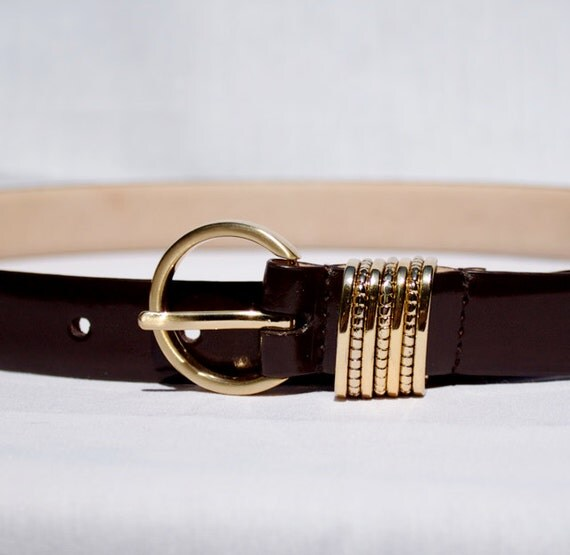 brown leather belt with gold buckle and bangles size s