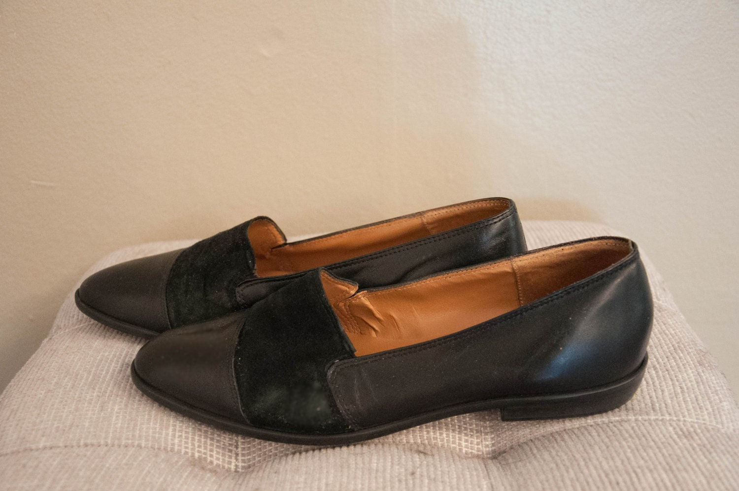 1980s black loafer flats 90s slip on skimmers shoes leather
