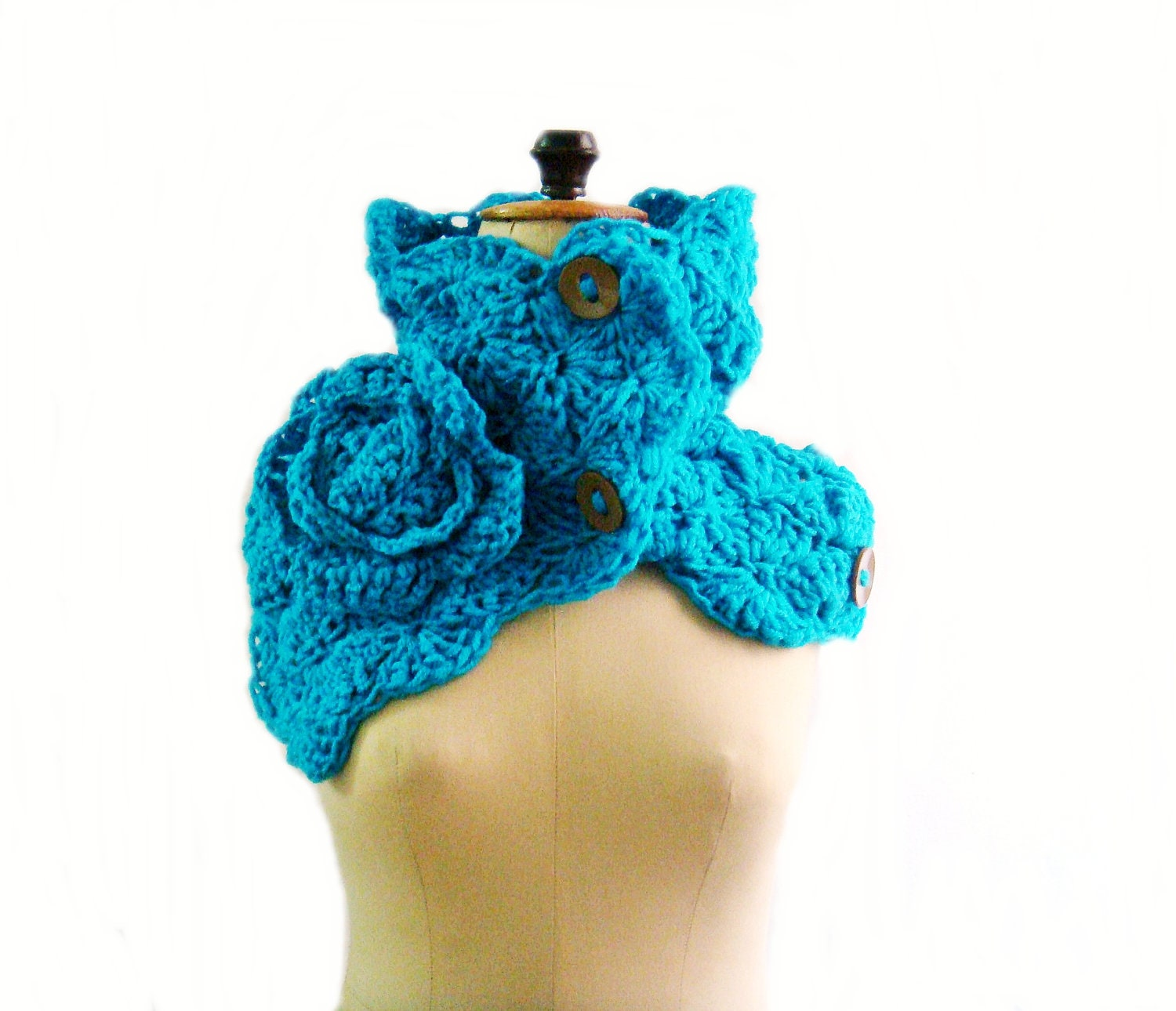 Crochet Scarf Pattern With Button : CROCHET PATTERN Button Up Chunky Cowl Crochet Scarf Pattern
