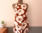 Vintage Apron, Hawaiian Hibiscus Print, Brown & White Bib Apron