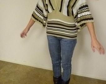 Lightweight sweater, zigzags n' stripes, Size women's small, teens XL