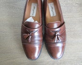 Size 8 US Vintage Designer Mezlan Leather Loafers with Tassels, in Chocolate Color