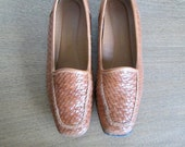 Size 6.5M US Vintage St. John's Bay Woven Leather Loafers in Tan Color