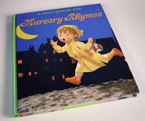 A Puppet Treasure Book - Nursery Rhymes - Pictures by Tadasu Izawa and Shigemi Hijikata - Hardcover