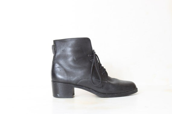 80's Women Black Granny Boots size 6 1/2