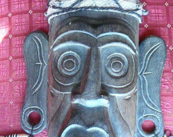 Vintage Authentic African Mask era anywhere from 20s on