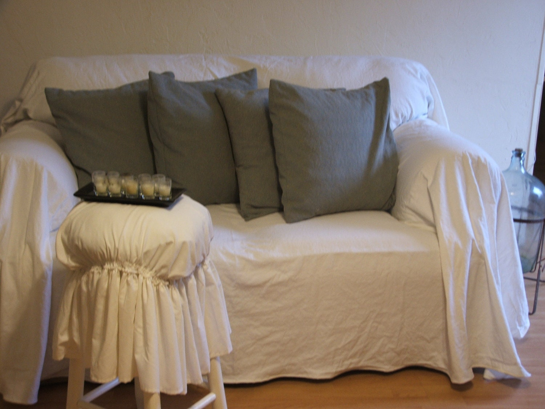 Shabby chic sofa slipcoverthrow for Shabby chic sofa