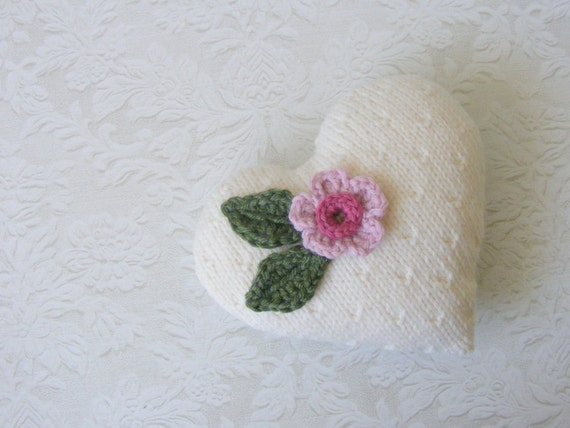 Hand knitted heart ornament, decoration, door knob hanger, hostess gift