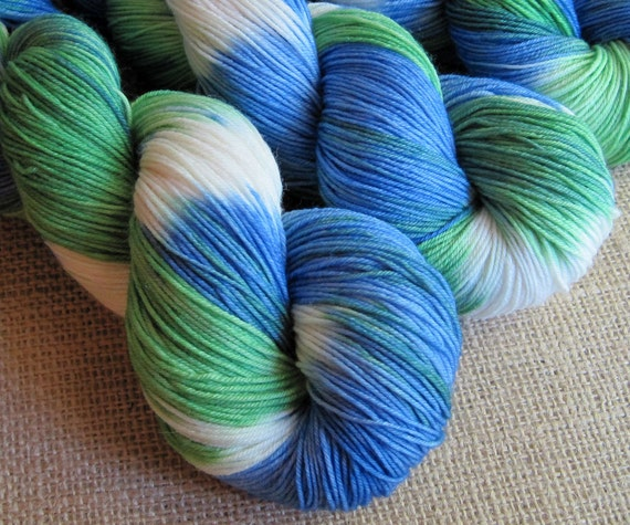 Beached Gnome - SW Merino & Nylon Fingering Sock Yarn - 462 yds - Hand Dyed