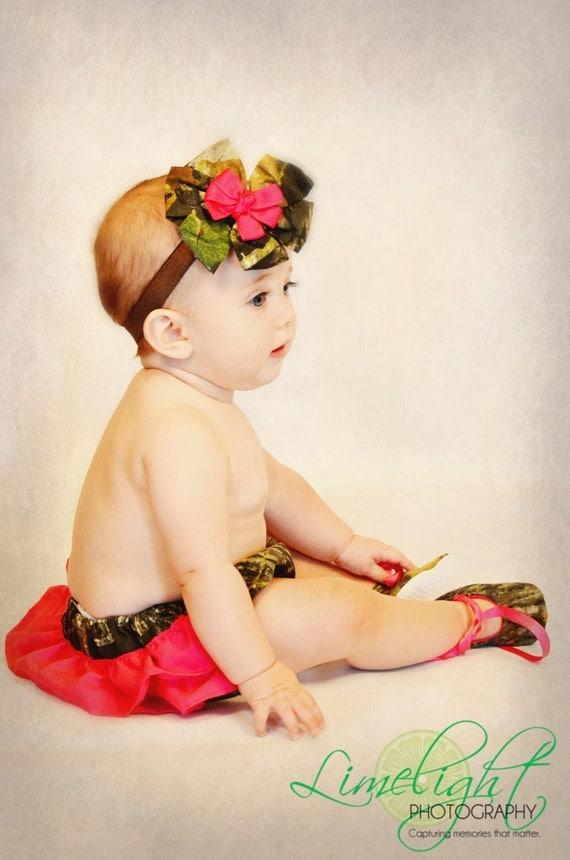 Baby girl camo  gift set, MossyOak diaper cover, MossyOak shoes,MossyOak hair bow, Camo photo prop