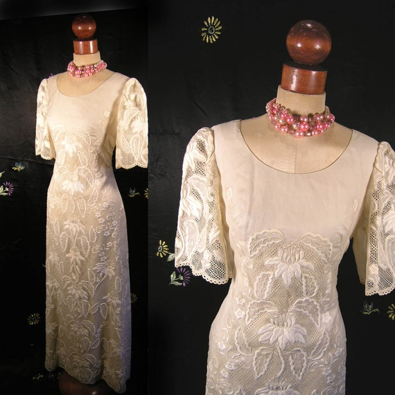 Vintage 50s 60s exquisite Embroidered creamy white Cocktail party pinup wedding dress
