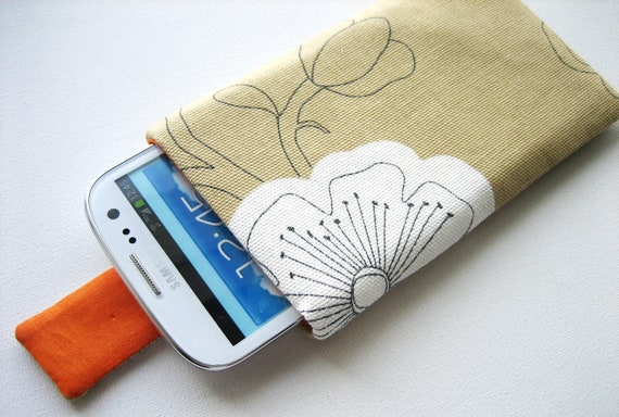 Samsung Galaxy S3 case cover sleeve handmade with magnetic closure, beige flowers