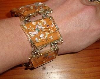 "Rare, Stylish, On Trend and Fantastic ""Pam"" Signed TERRA COTTA CONFETTI Lucite & Gold Rhodium, Thermoset 5-Panel Vintage Bracelet"