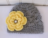 Crochet Girls Hat - Baby Hat - Toddler Hat - Winter Hat - Spring Hat - Light Gray (Grey) with Yellow Flower - in sizes Newborn to 3 Years