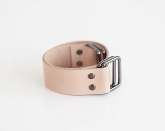Leather carry strap for furoshiki bag (tan)