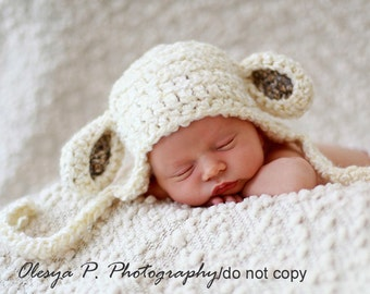 Newborn Sheep Earflap Hat, Baby Lamb hat, Baby sheep hat, Baby Easter outfit - Photo prop