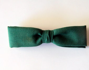 Lucky Green Linen Clip On Bow Tie