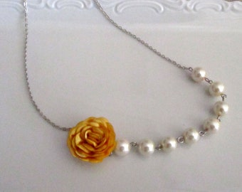 Pearl necklace with yellow flower  - Pearl necklace - Bridal necklace - Bridesmaid necklace