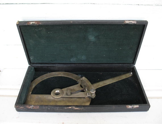Vintage Precision Drafting Metal Protractor Union Instrument Corp.