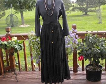 60's 70's Vintage Hippie Woodstock Gauze India Flower Child Skirt or Tent Dress