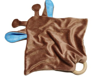 Alskar Baby Blue & Brown OBV Giraffe Blanket Wooden Ring Teething Cuddle Lovie