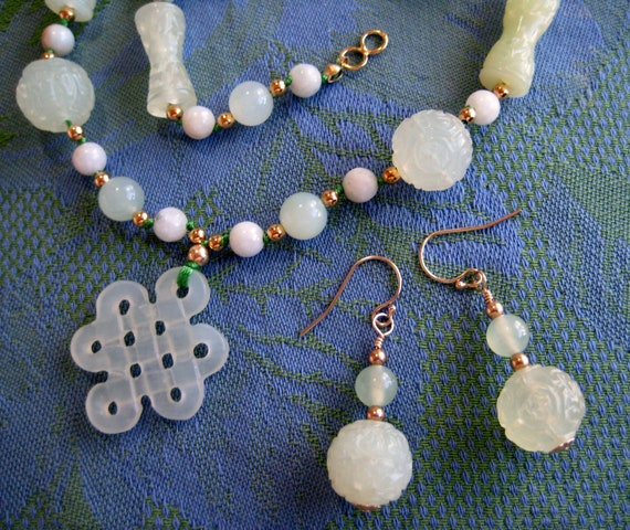 Jade Necklace Earring Set w Carved Beads & Endless Knot Pendant