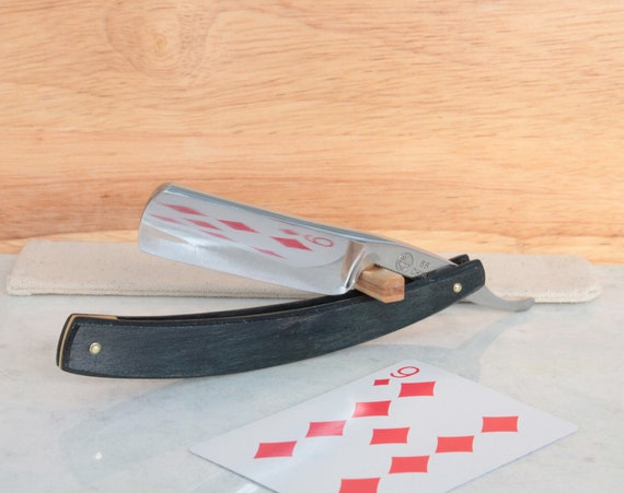 Cherry wood Straight razor and travel pouch blue