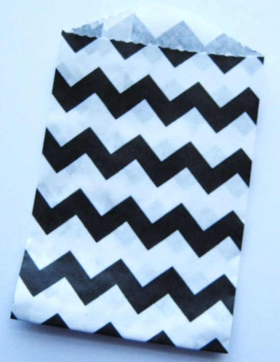 20 Black Mini Chevron Bitty Bags - Party Favor - Candy - Party Supplies A154
