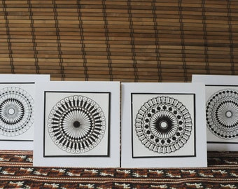 Black and White Spirograph card set (4)