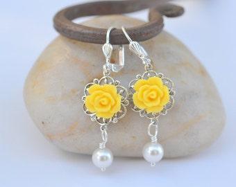 Yellow Rose and White Swarovski Pearl Dangle Bridesmaid Earrings. Wedding Jewelry. Bridesmaid Gifts. Bridesmaid Earrings.