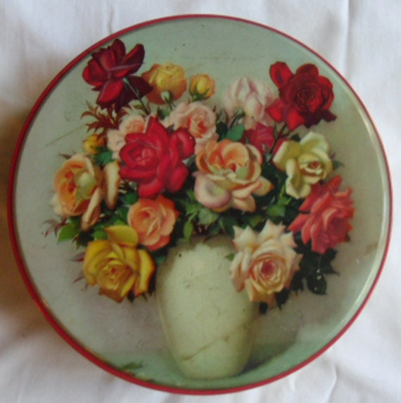 Vintage Biscuit Tin Gray & Dunn Scotland / Roses in a Vase by Gaston-Albert Lavrillier