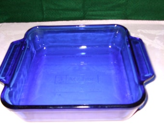 Vintage Anchor Hocking baking dish