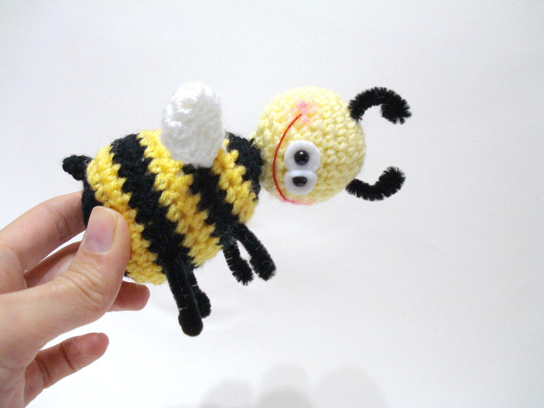 Mickey Amigurumi Bee Bee Tutorial : crochet tutorial Amigurumi Pattern Amigurumi Bee by AllSoCute