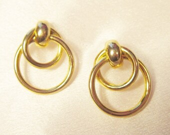 Vintage Gold Intertwined Circles Pierced Earrings