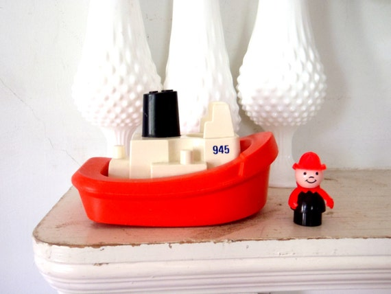 Fisher Price little People 1970s Tug Boat Toy