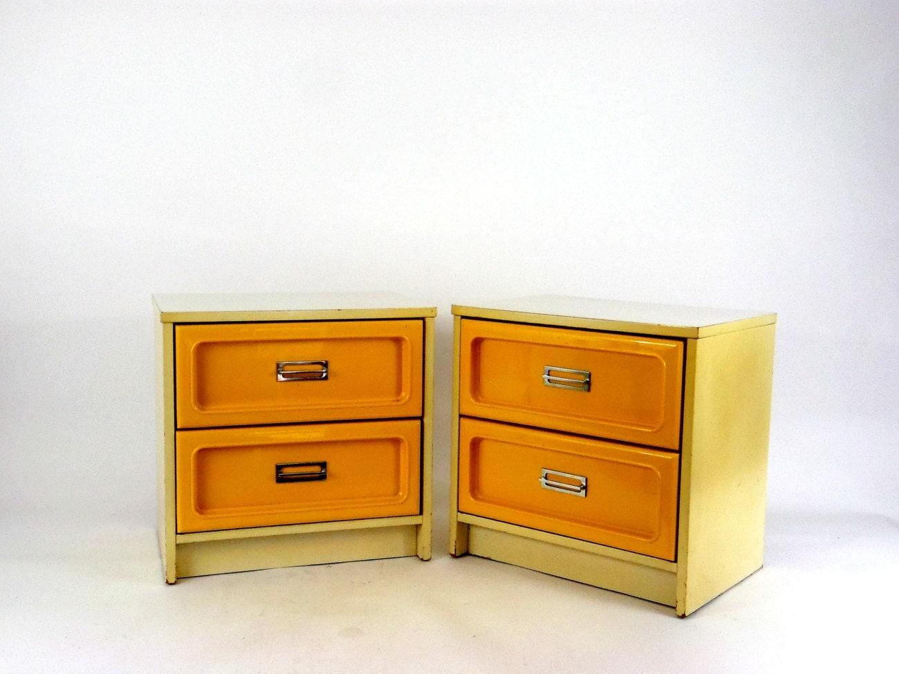 vintage furniture dresser set nightstand by columbiaartsbuilding. Black Bedroom Furniture Sets. Home Design Ideas