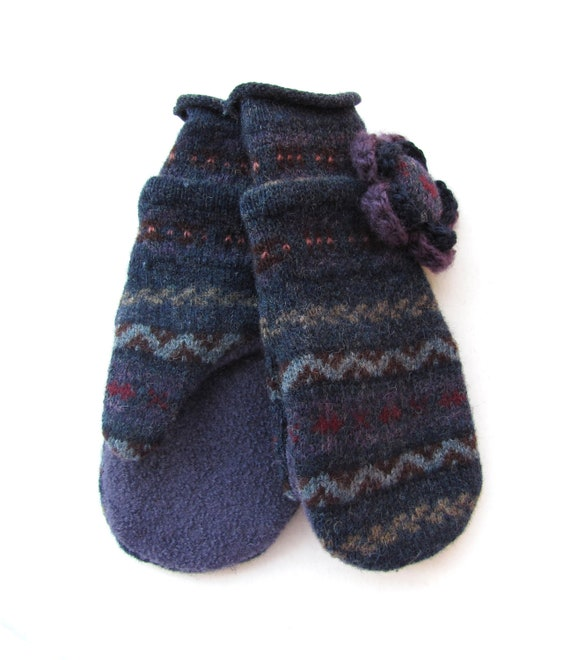 Felted Wool Mittens Fleece Lined Navy and Plum Fair Isle Pattern With Crochet Flower Pin
