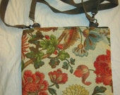 Medium size floral print purse