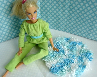 "Barbie Furniture - 5-1/2"" Aqua Blue and White Round Shag Rug - Free Shipping to anywhere in the USA."