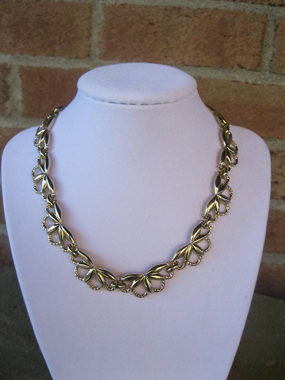 monet gold tone necklace vintage