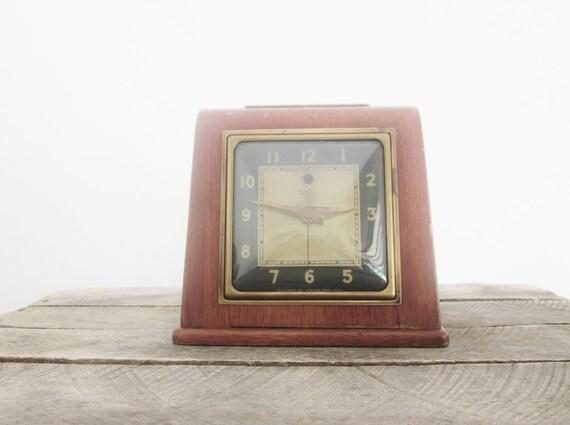 Vintage Mantel Clock Bubble Glass General Motors Telechron Art Deco Antique Rustic Cabin French Cottage Primitives