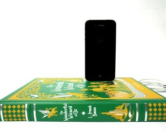 Wizard of Oz booksi for iPhone - Leather